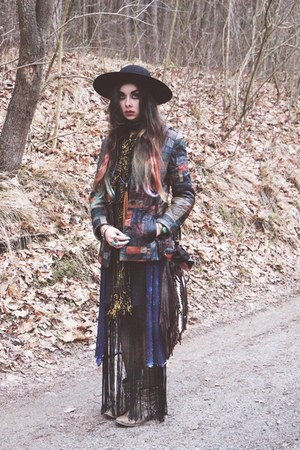 fringed vintage dress - River Island boots - Catarzi hat