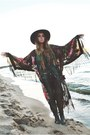 Catarzi-hat-spell-and-the-gypsy-bag-free-people-pants