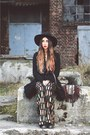 Vintage-coat-black-catarzi-hat-asos-pants