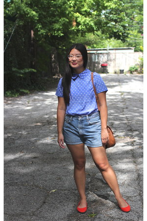 violet blouse - brown purse - light blue shorts - red flats