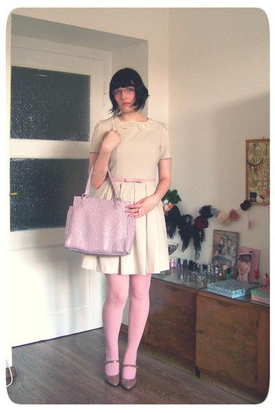 Avon bag - lace collar Orsay dress