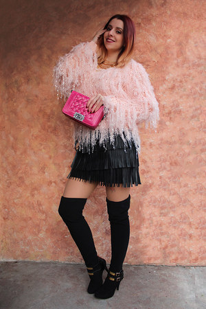 pink Relaxfeel sweater - pink wholesalebuying bag - black Echopaul skirt