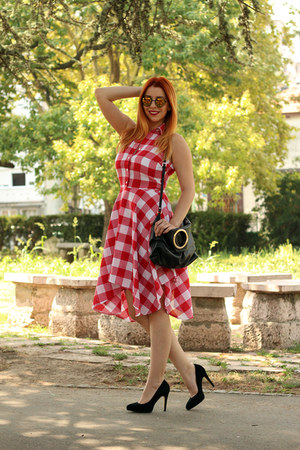 black Zara bag - red sammydress dress - Emblem Eyewear sunglasses