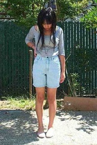 gray H&M top - blue vintage shorts - white Philippines shoes