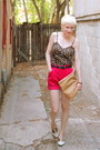 Hot-pink-corduroy-thrifted-shorts-cream-woven-saddle-urban-outfitters-shoes