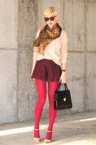 nude pointy toe Via Spiga pumps - light pink chunky Forever 21 sweater