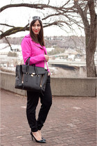 white brkln La Notte hat - hot pink Gap jacket - black pashli 31 Phillip Lim bag