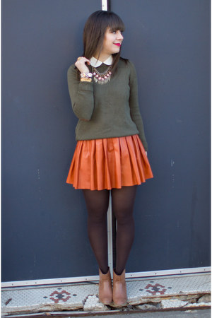 burnt orange leather Alice &amp; Olivia skirt - camel Forever 21 boots