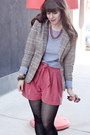 Heather-gray-tna-sweater-beige-h-m-blazer-coral-h-m-shorts