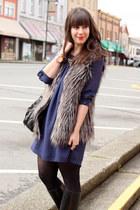 navy H&M dress - black Michael Kors bag - charcoal gray faux fur Forever 21 vest