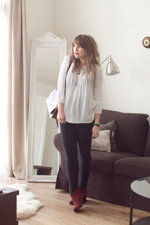 white gauzey River Island blouse - maroon suede ankle Zara boots