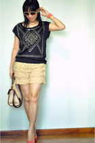 black studded top - eggshell bag - nude crochet shorts - salmon Forever 21 heels