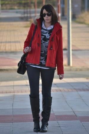 Stradivarius coat - Bershka jeans - Zara sweater - Mango bag