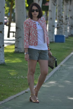 Oasapcom jacket - Pimkie shorts - Zara sandals