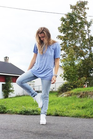 light blue Cubus jeans - white ROOTS shoes - light blue cotton dressmann t-shirt
