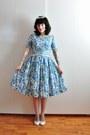 Blue-floral-vintage-dress
