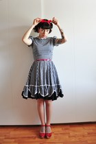 50s gingham vintage dress - red heart medallion Swedish Hasbeens clogs