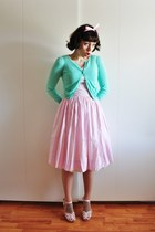cotton H&M cardigan - 50s vintage dress - ornament Swedish Hasbeens clogs