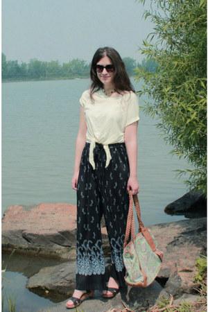 navy vintage pants - lime green bag - ivory Maison Simons t-shirt - Zara clogs