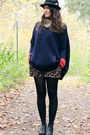 Black-h-m-hat-navy-poncho-shape-h-m-sweater-carrot-orange-gap-sweater