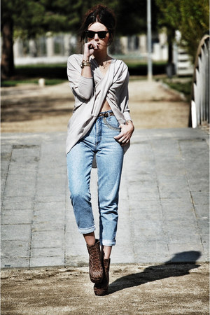 AX Paris top - Nelly shoes boots - rocco barocco jeans - Ray Ban sunglasses