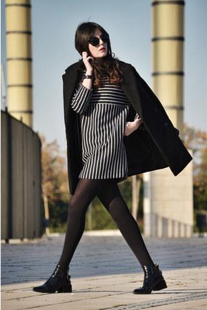Mango coat - Zara boots - Front Row Shop dress