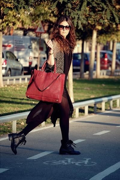 leather bag Zara bag - Forever 21 boots - Zara sweater - Zara skirt