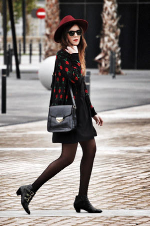 pepa loves cardigan - Jeffrey Campbell boots - Parfois hat - pepa loves bag