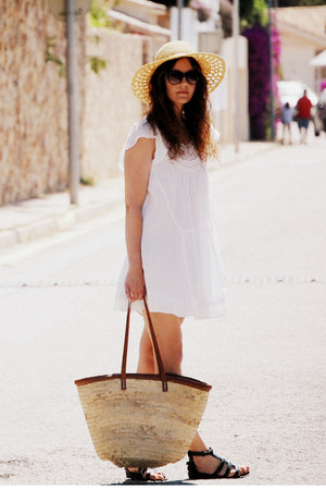Zara dress - pull&amp;bear hat - flea market bag - Mango glasses - Topshop sandals