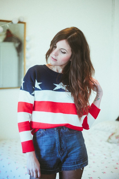 Sheinside sweater - Maje shorts