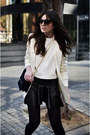Leather-zara-boots-mango-blazer-zara-bag-bottega-veneta-sunglasses