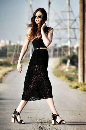 velvet Motel Rocks dress - Zara shoes - Ray Ban sunglasses