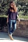 Bershka-jeans-yuki-sweater-mango-bag-vialis-heels-mango-glasses
