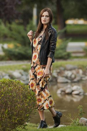 black Yoins boots - black Mango jacket