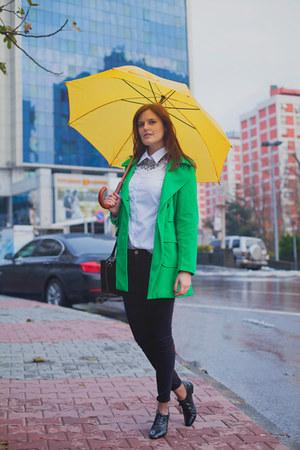 green TB Dress coat - black Zara jeans