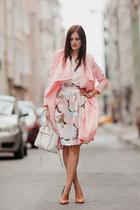 white Rebecca Minkoff bag - nude Zara pumps