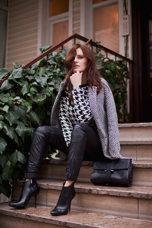 black PERSUNMALL jumper - heather gray tbdress coat - black Zara bag