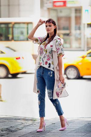 navy romwe jeans - white romwe t-shirt