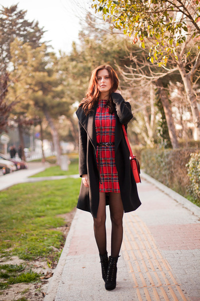 black Polo Garage coat - ruby red Sheinside dress - ruby red Zara bag