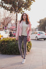 Heather-gray-bershka-jeans-light-pink-stradivarius-jacket