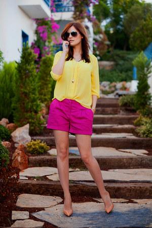 magenta H&M shorts - yellow H&M blouse - nude Zara heels