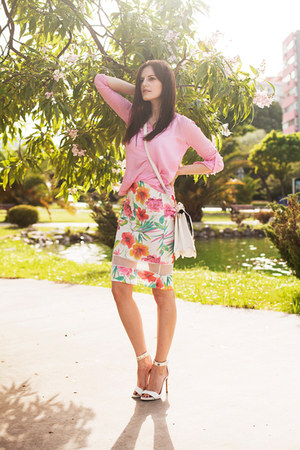 white Quiz skirt - bubble gum DressLink blouse