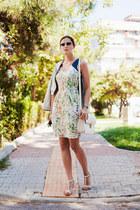 ivory Sugarhill Botique dress