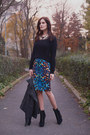 Black-stradivarius-sweater-navy-asos-skirt
