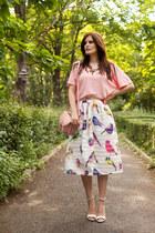 white Chicwish skirt - bubble gum Zara top