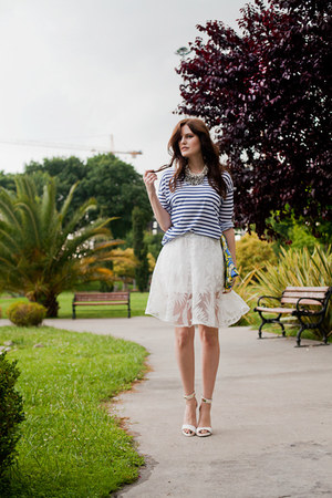 white Whilesale7 skirt - yellow River Island bag - navy Zara t-shirt