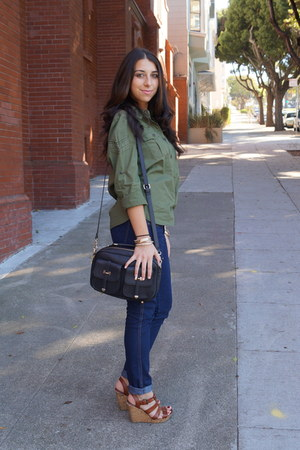 army green military Forever 21 shirt - navy denim H&M jeans