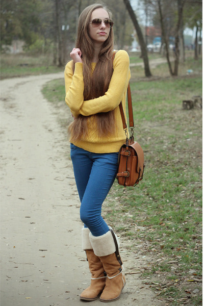 gold Forever 21 sweater - nude Mango boots - blue Bershka pants