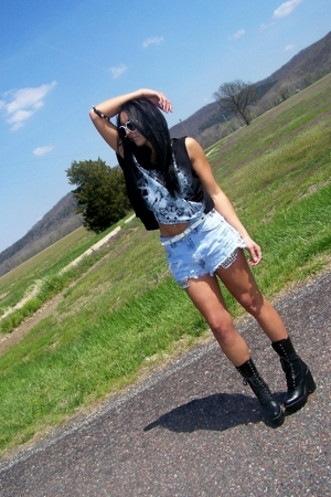 combat boots Chloe shoes - beatle x-ray Topshop shirt - vintage-diy Levis shorts