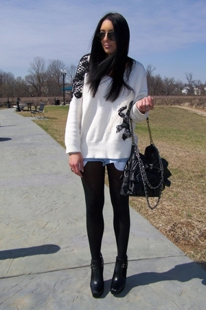 Express purse - sam edelman boots - sweater - H&M tights - vintage